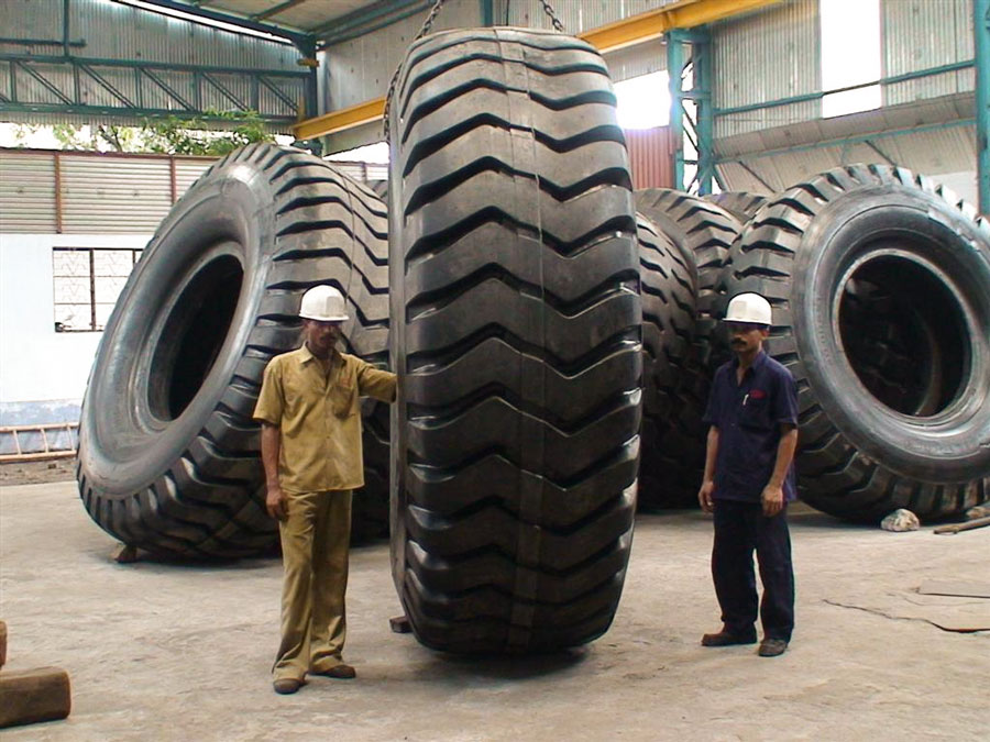 CIO Retreads the Largest Tyre Available in the Country for 170 Tonne Dumper